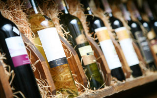 Срок годности вина в бутылке и открытого: подробные рекомендации по хранению напитка