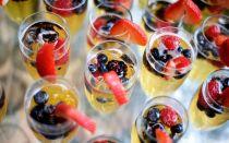 Что подать к шампанскому (игристому вину): правильные закуски