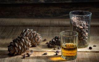 Настойка на самогоне с кедровыми орешками — рецепты пошагового приготовления