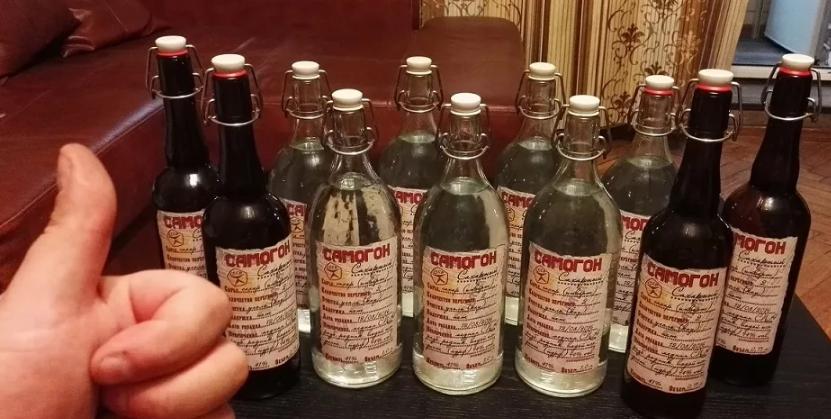 Самогон в бутылках