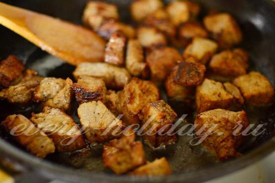 Свинина в пиве – рецепты для сковородки, духовки, мультиварки