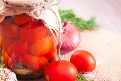 Помидоры в вине – простой рецепт маринада для консервации