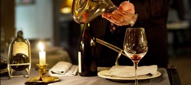 Как правильно декантировать вино – видео и советы