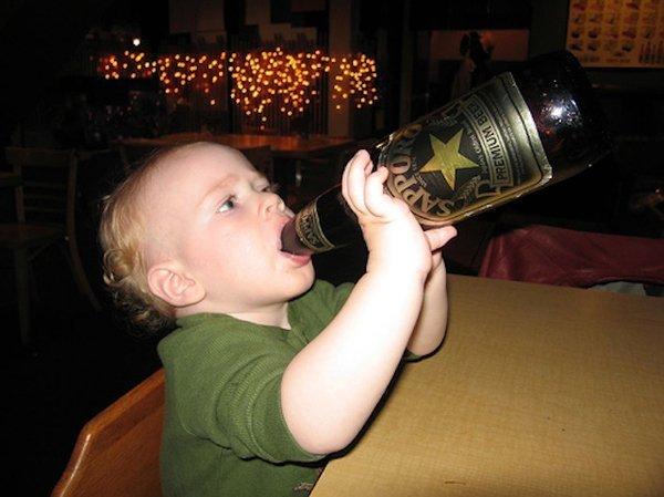 Можно ли детям и подросткам пить пиво: «за» и «против»