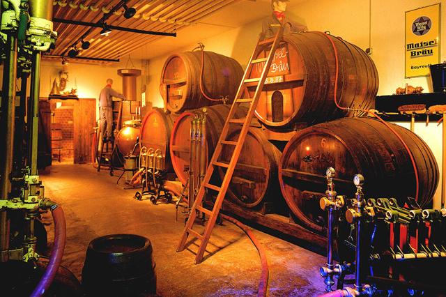 Пиво Аливария: описание, история и виды марки
