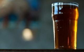 Домашнее пиво из черного хлеба – рецепт без солода на сухарях