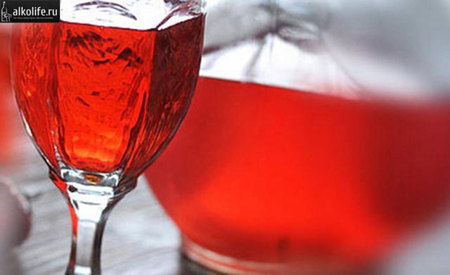 Водка (самогон, спирт) на барбарисе – рецепт настойки