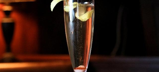 Коктейли с шампанским – 12 лучших рецептов для дома