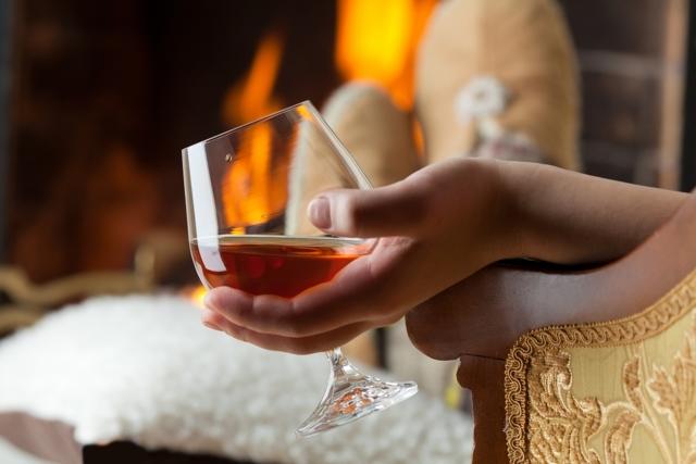 Чем запивать коньяк – обзор подходящих напитков