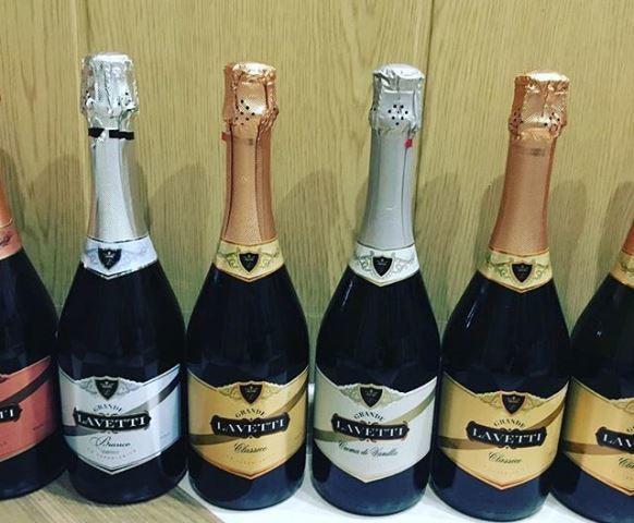 Шампанское Лачетти (lavetti): описание, история и виды марки