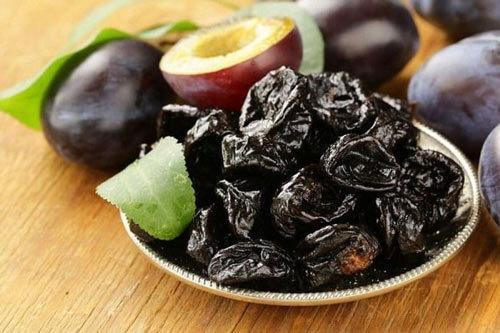 Коньяк из чернослива в домашних условиях – пошаговый рецепт
