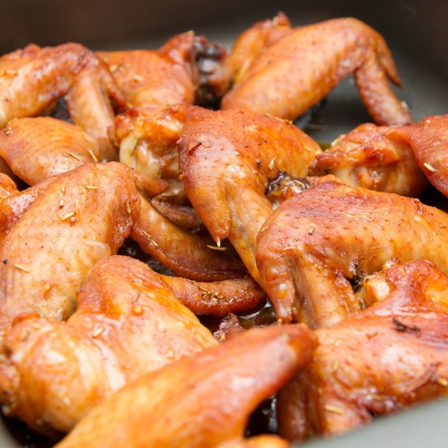 Острые крылышки к пиву в духовке – рецепт приготовления