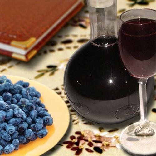 Домашняя настойка из жимолости на водке, спирте, самогоне