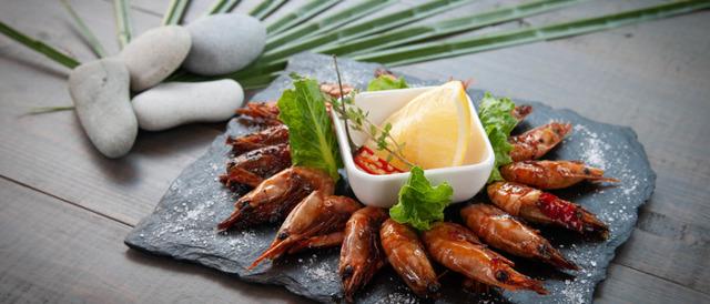 Креветки с шампанским – рецепт и особенности приготовления