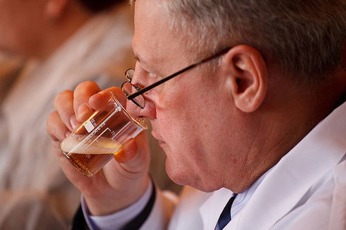 Как избавиться от перегара и запаха пива доступными средствами