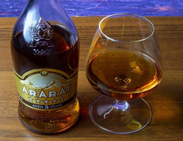 Коньяк Арарат (ararat): описание, история и виды марки