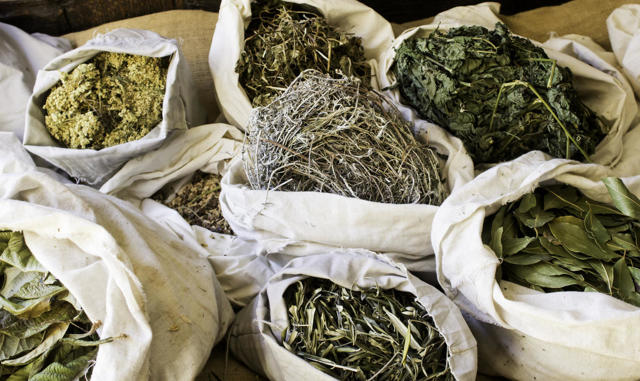 Пиво с пряностями, травами, овощами: описание стиля
