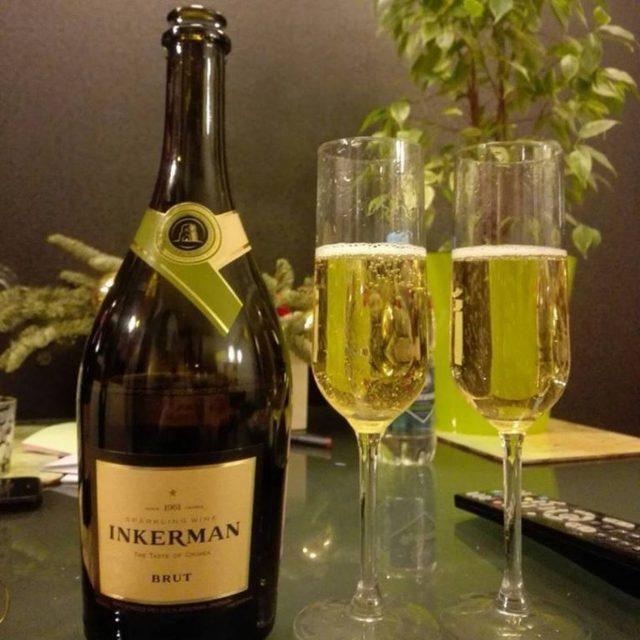 Шампанское Юбилейное: описание, история и виды марки