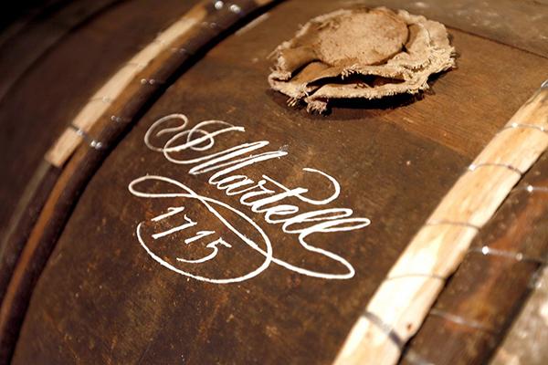 Коньяк Картель: описание, история и виды марки